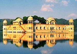 weekend-delhi-jaipur-tour-packages-by-car